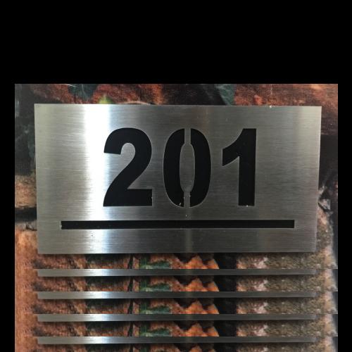PA300 Numero de departamento acero inoxidable numero calado laser 12x6 cms - 1